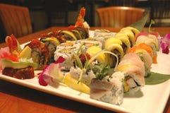 Artistieke verwezenlijking van sushi Stock Afbeeldingen