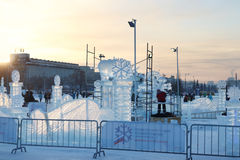 Artists make snowy and ice sculptures Royalty Free Stock Photos