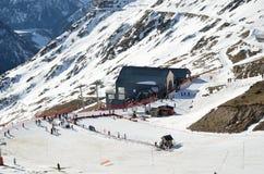 Artouste滑雪胜地在法国比利牛斯 免版税库存图片