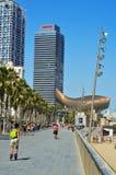 Arts d'hôtel et Torre Mapfre à Barcelone, Espagne Images libres de droits