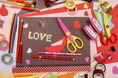 Arts et approvisionnements de métier pour le saint Valentine Photos stock