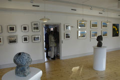 ARTS EXHIBTION PAR LE GROUPE D'ARTS DE GUUEN Photos stock