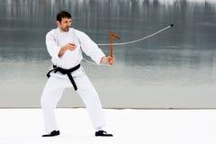 Arts martiaux avec le kusarigama image libre de droits