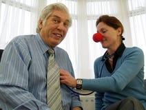Arts met rode neus stock afbeelding