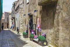 Arts siciliens traditionnels sur l'affichage dans Erice, Sicile, Italie Photo libre de droits