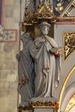 Artsen van de Kerk, standbeelden op het belangrijkste altaar in de kathedraal van Zagreb royalty-vrije stock afbeeldingen