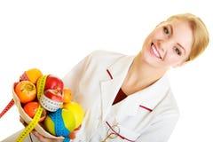 Artsendiëtist die gezond voedsel adviseert. Dieet. Royalty-vrije Stock Afbeeldingen
