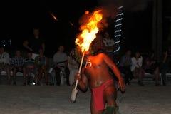 Artshow franska Polynesien, brand på den strandBorabora ön, Frankrike Arkivfoto
