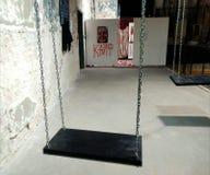 artsiest 人AkT美术画廊  直到陈列的午夜的最后的陈列艺术 库存图片