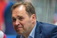 Arturs Irbe podczas Euro Hokejowej wyzwanie gry między drużynowym Latvia Szwajcaria i drużyną, Obrazy Royalty Free