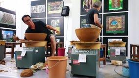 Artyści uczęszcza ceramiczny konkurs przy sympozjonem zbiory wideo