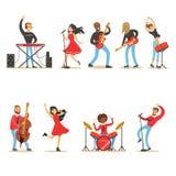 Artyści Bawić się Muzycznych instrumenty I śpiew Na scena koncerta secie muzyk kreskówki wektoru charaktery royalty ilustracja