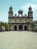 Artykuł wstępny katedra Santa Ana zobaczy z turystami w Ve Obrazy Royalty Free