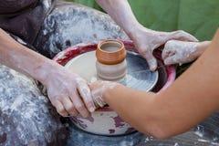 03 07 2011 artystów miasta klasy gorodets ćwiczą nizhny novgorod ceramicznego region Russia Zdjęcie Royalty Free