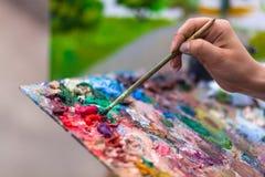 Artysta farby lata park zdjęcia stock