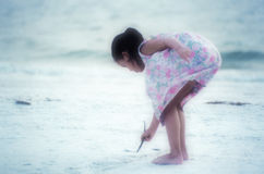 artysta plaży miękkie ogniska, obraz stock