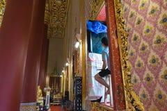 Artysta rysuje pasiastą Tajlandzką sztukę Obraz Royalty Free