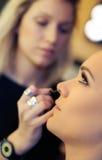 artysty do makijażu tuszu do rzęs Zdjęcia Royalty Free
