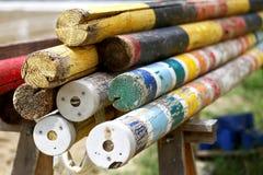 Artystyczna fotografia niektóre stare drewniane bariery dla equestrian sportów Obrazy Royalty Free