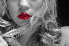 Artystyczna zbliżenie fotografia młoda kobieta zdjęcia stock