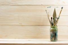 Artystyczny, artysta, sztuka Używać artystów paintbrushes Obrazy Stock