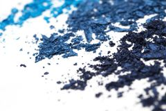 Artystyczny styl rozbijał eyeshadow w różnych cieniach błękit na białym tle Fotografia Royalty Free