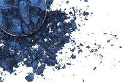 Artystyczny styl rozbijał eyeshadow w zmroku - błękit na białym tle Obrazy Royalty Free