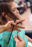 artystyczny tnący włosiany hairdress ilustraci wektor Zdjęcie Stock