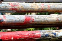 Artystyczny zbliżenie niektóre stare drewniane bariery dla equestrian sportów Zdjęcie Royalty Free