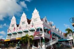 Aruba (caraibica) - alloggi gli esterni a Oranjestad Fotografie Stock