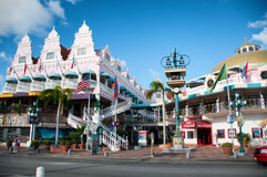 Aruba (caraibica) - alloggi gli esterni a Oranjestad Immagini Stock Libere da Diritti