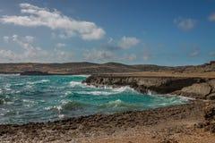 Aruba landskap i den atlantiska sidan Royaltyfria Foton