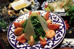 Arugula σαλάτας με τις γαρίδες Στοκ φωτογραφία με δικαίωμα ελεύθερης χρήσης
