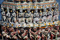 arun bangkok figures khongthailand wat Arkivbild
