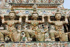arun bangkok figures khongthailand wat Fotografering för Bildbyråer