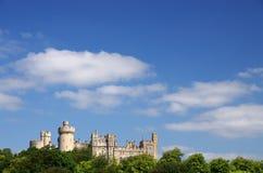 arundel slottengland ängar som omger sussex, visade västra Royaltyfri Bild