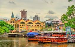 Arvfartyg på den Singapore floden arkivfoton
