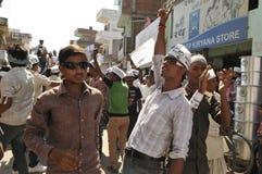 Arvind Kejriwal, der für Dr. kämpft Kumar Vishwas Lizenzfreie Stockfotografie