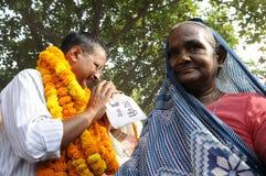 Arvind Kejriwal während einer Wahlkampfkundgebung in Indien Lizenzfreie Stockfotografie