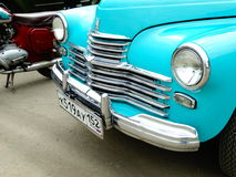ARZAMAS, RUSSIA, il 3 luglio 2016: Vecchia retro automobile sulla mostra Fotografie Stock Libere da Diritti