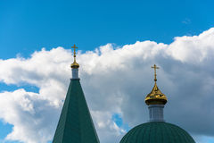 As abóbadas douradas contra o céu Imagem de Stock Royalty Free