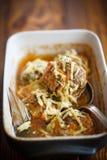 As almôndegas cozinhadas tangled a carne com cenouras fotografia de stock royalty free