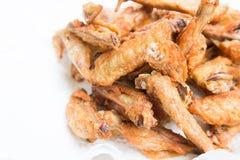 As asas de galinha friáveis fecham-se acima imagem de stock royalty free