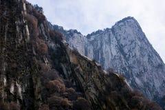 As atrações turísticas famosas no chinês da província de Shaanxi, montanha de Huashan Foto de Stock