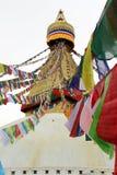 As bandeiras coloridas da oração de Boudhanath Stupa em Kathmandu fotos de stock