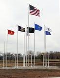 As bandeiras voam em campos da honra fotografia de stock royalty free