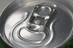 As bebidas efervescentes da soda enlatam Ring Pull Lid Foto de Stock Royalty Free