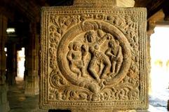 As belezas da dança em paredes do templo Fotografia de Stock Royalty Free