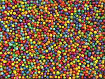 As bolas coloridas ajustaram o fundo Imagens de Stock