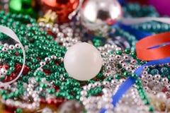 As bolas do Natal com diamantes ajustaram-se, decoração do ano novo Foto de Stock Royalty Free